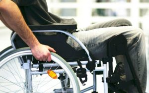 Read more about the article Are you searching for Paralysis care at home? Contact us!