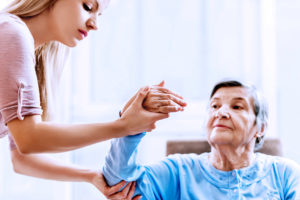 Read more about the article What are the benefits of having physiotherapy at home?